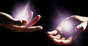 энергетические шары в руках